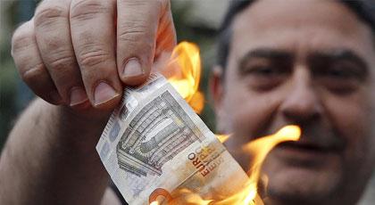 Greek Government Limits Cash Access