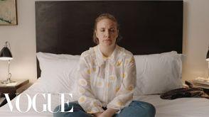 Lena Dunham Tries Meditation